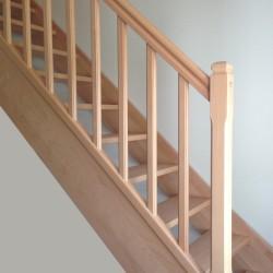 Escalier quart tournant sur-mesure en bois modèle traditionnel