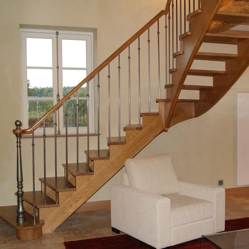 escalier en bois et fer forg sur mesure. Black Bedroom Furniture Sets. Home Design Ideas