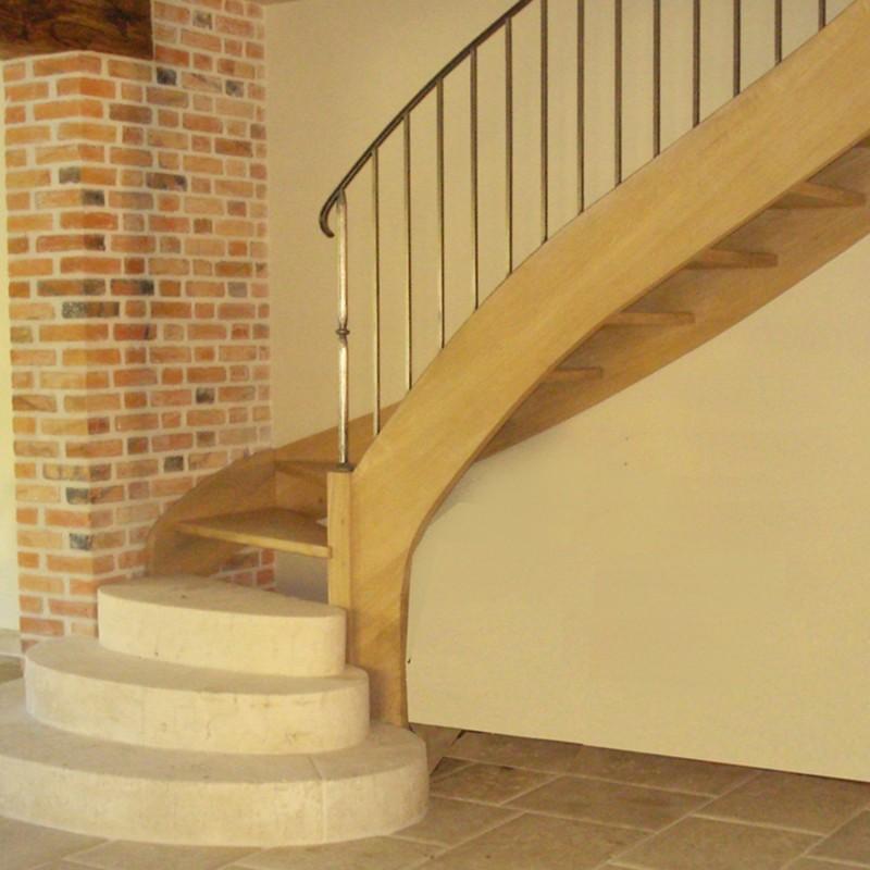 Escalier quart tournant en bois sur-mesure