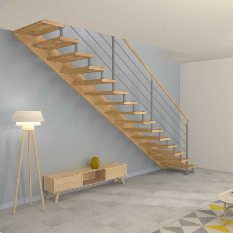 Escalier droit à entretoises en inox et marches en bois