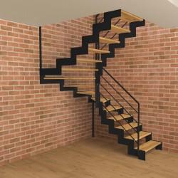 Escalier demi tournant métallique à limons découpés en Z et marches en bois